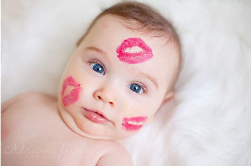 lipstick-kisses