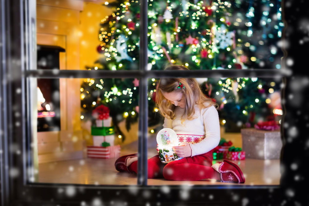 fetiță crăciun miruna ioani
