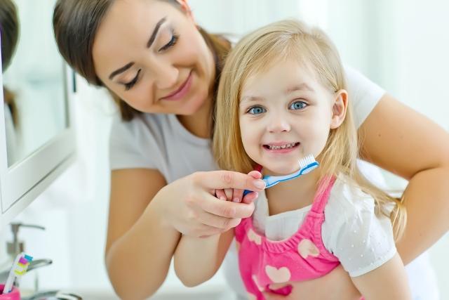 Ce pastă de dinți alegem pentru bebeluș și copilul mic miruna ioani