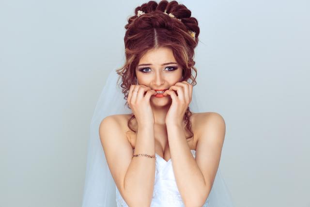 Nu mai puneți pe facebook poze de pe la nunți fără să întrebați miruna ioani