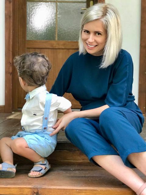 Să îmbrăcăm bebelușii în haine de bebeluși, nu în haine de adulți pentru oameni mici miruna ioani