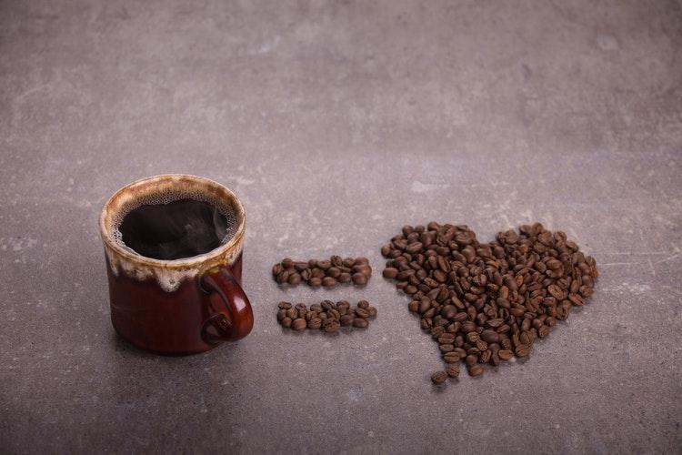 cafeaua prietenii adevărați miruna ioani