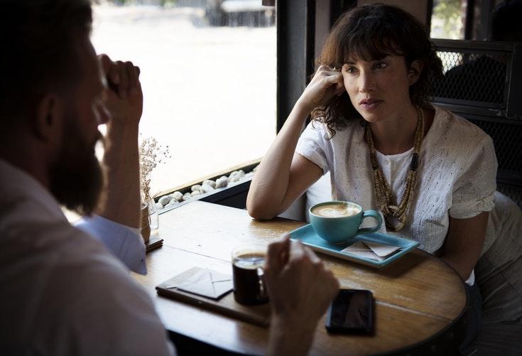 M-am întâlnit într-o dimineață cu soțul tău, la cafea miruna ioani