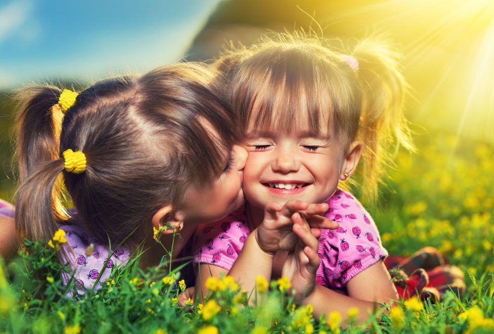 iubiți la fel, fiecare copil creadă iubesc mai mult pe el miruna ioani