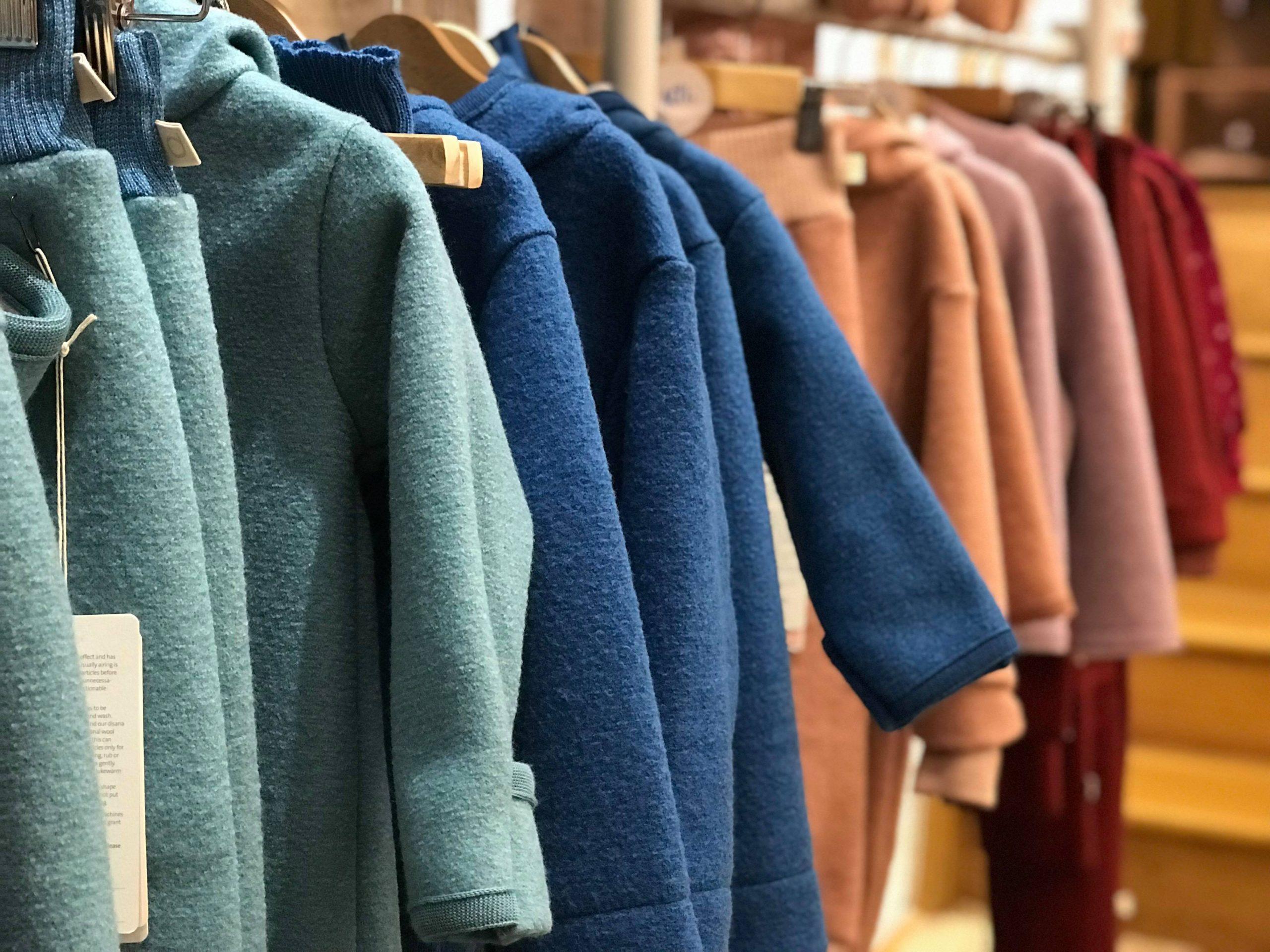haine transpiră lâna ghid purtare miruna ioani