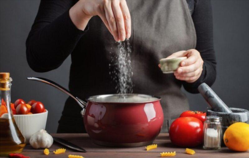 https://www.shutterstock.com/image-photo/chef-preparations-spaghetti-pasta-salt-water-1265584438