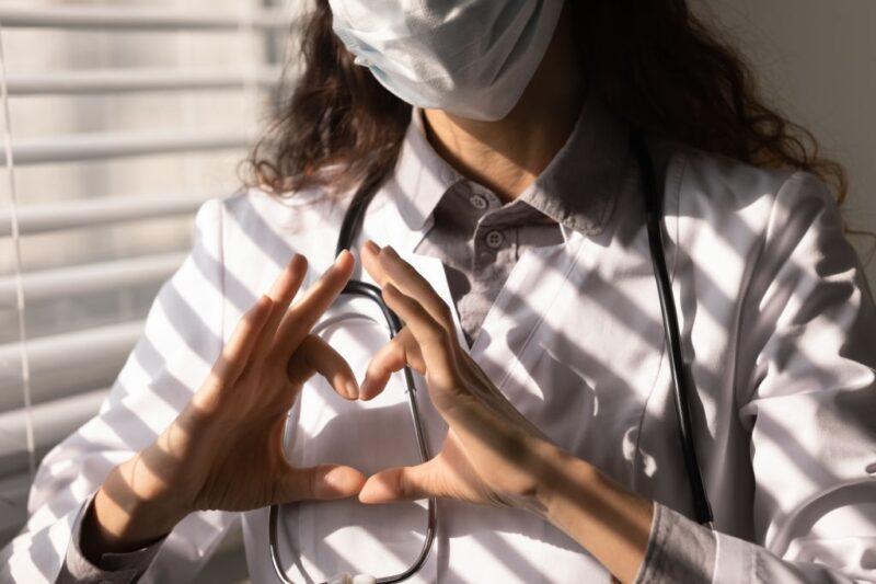 cinste medicilor de familie miruna ioani